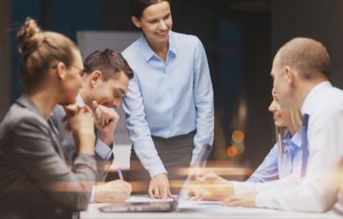 Krisenmanager im Meeting